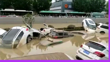 A 4km, 6-lane tunnel in China packed with vehicles is completely flooded. Netizens fear thousands of deaths, 2021